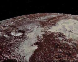На Плутоне есть дюны. Из метана.