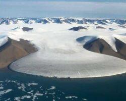 Кратер ледника Гайавата