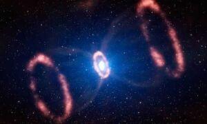 Битва вселенских монстров — черная и белая дыры