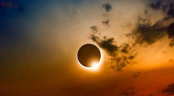 Полное солнечное затмение с Земли