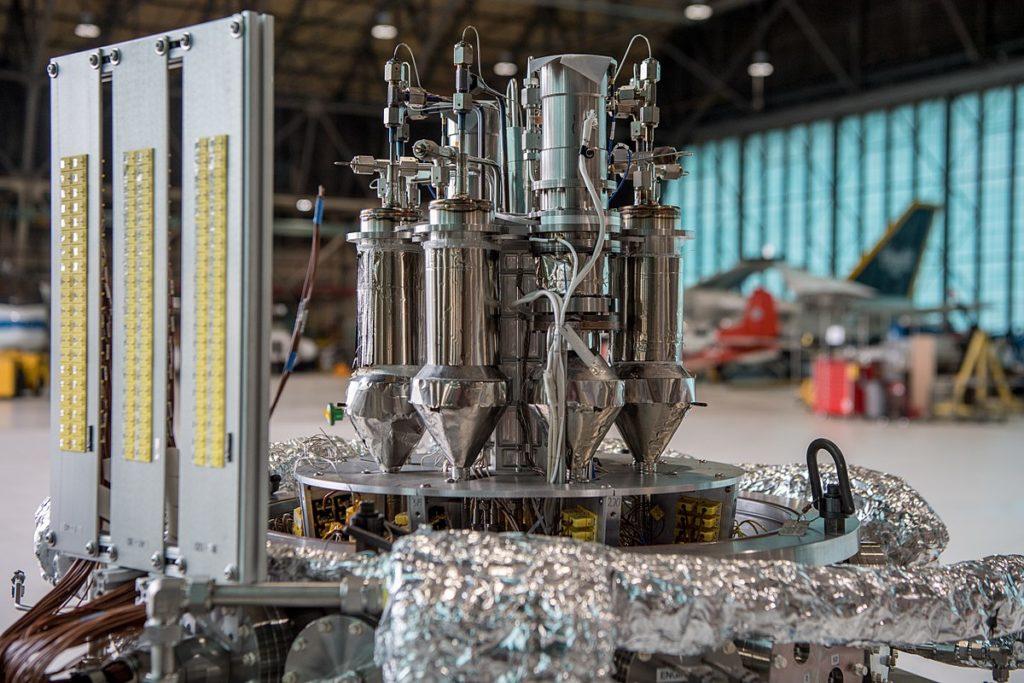 Ядерный реактор Kilopower при сборке