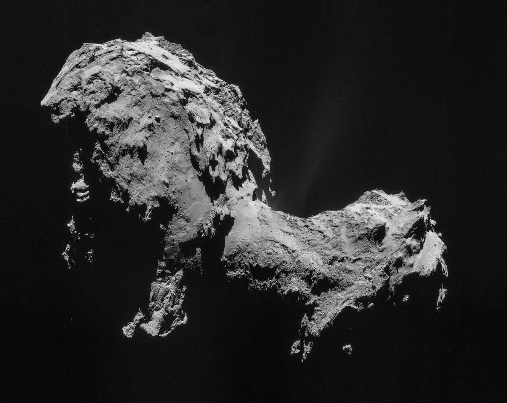 Комета 67P по снимкам Розетты