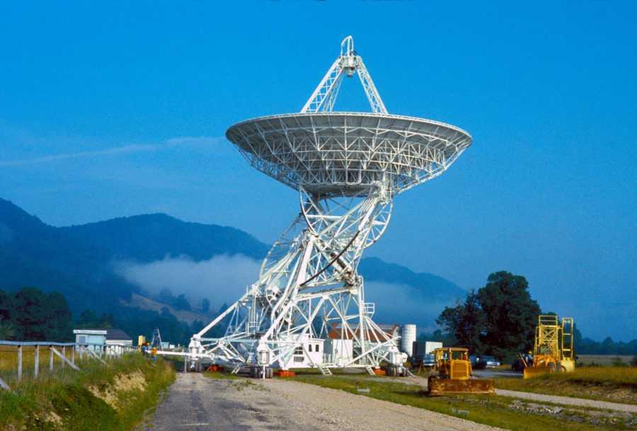 Национальная радиоастрономическая обсерватория в Грин-Бэнк