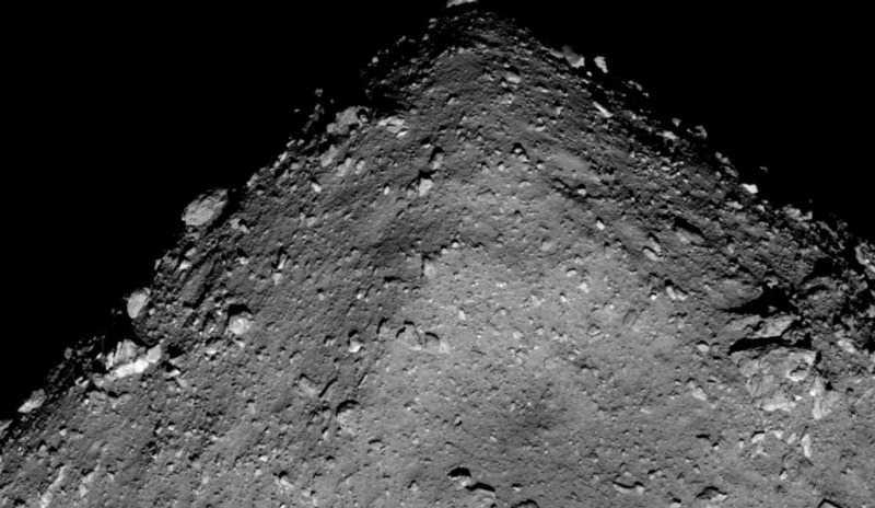 Первые снимки астероида Рюгу