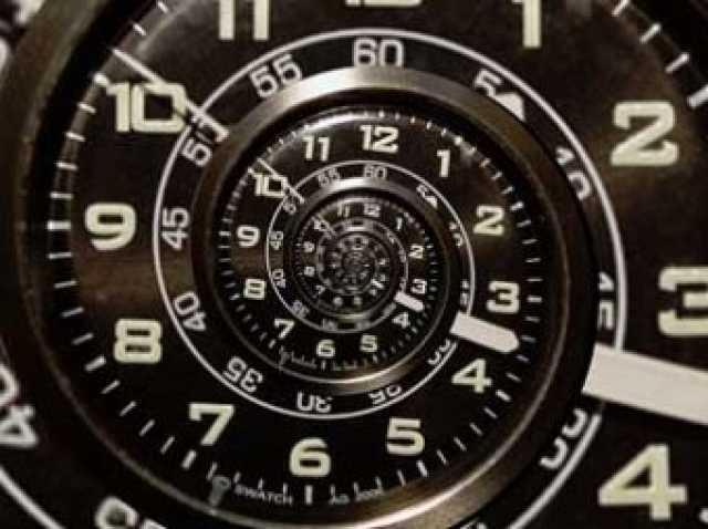 Существует ли время