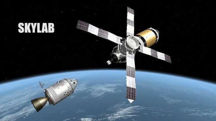 Космическая станция Скайлэб на стыковке