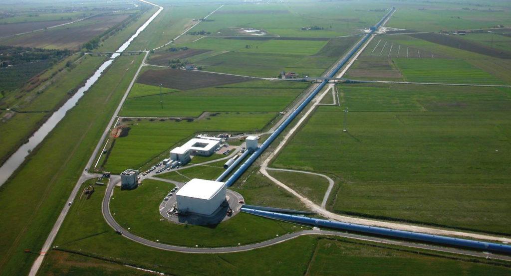 Лазерно-интерферометрическая гравитационно-волновая обсерватория