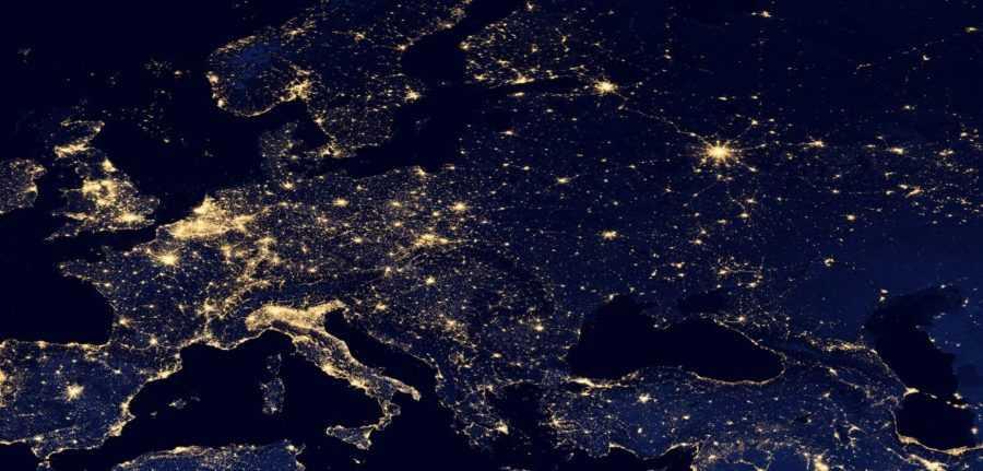 Ночная Европа с космоса